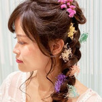 フェミニン ヘアアレンジ 編みおろし 撮影