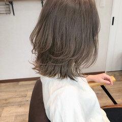 ナチュラル ボブアレンジ グレージュ ミルクグレージュ ヘアスタイルや髪型の写真・画像