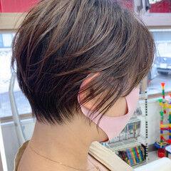 ナチュラル アイロンなしスタイリング ショートボブ アンニュイほつれヘア ヘアスタイルや髪型の写真・画像
