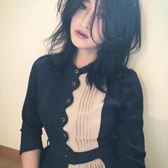 暗髪バイオレット ネイビーブルー ナチュラル 暗髪女子 ヘアスタイルや髪型の写真・画像