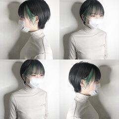 インナーカラー ハンサムショート ショートヘア ミント ヘアスタイルや髪型の写真・画像