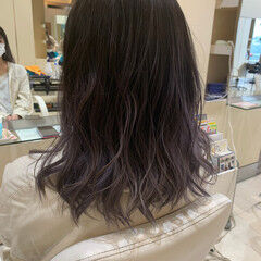 ブリーチ ダブルカラー ラベンダーグレージュ ミディアム ヘアスタイルや髪型の写真・画像