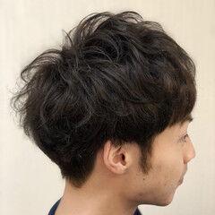 ショート スパイラルパーマ メンズマッシュ ナチュラル ヘアスタイルや髪型の写真・画像