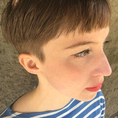モード ショート ハイトーン ハンサムショート ヘアスタイルや髪型の写真・画像