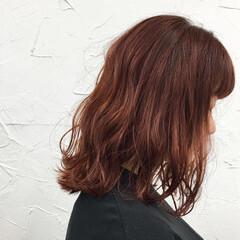 ミディアム コーラル グラデーションカラー 原宿系 ヘアスタイルや髪型の写真・画像