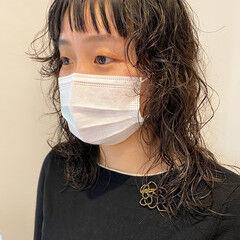 ウルフパーマ レイヤー スパイラルパーマ 個性的 ヘアスタイルや髪型の写真・画像