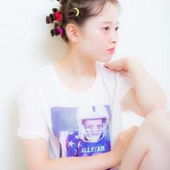 ねじり ラフ セミロング ヘアアレンジ ヘアスタイルや髪型の写真・画像