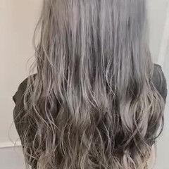 外国人風カラー ウルフカット ロング ハイトーンカラー ヘアスタイルや髪型の写真・画像