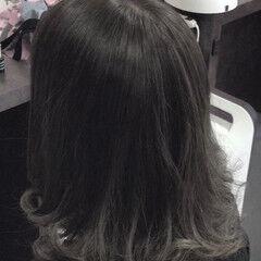 グレージュ エレガント 外国人風カラー アッシュグレー ヘアスタイルや髪型の写真・画像