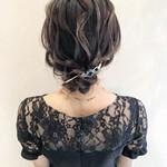ミディアム 結婚式 まとめ髪 お呼ばれ