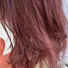 ヘアアレンジ ピンクラベンダー ハイライト ミディアム ヘアスタイルや髪型の写真・画像