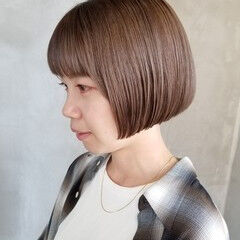 イルミナカラー オシャレ ベージュ ショートボブ ヘアスタイルや髪型の写真・画像