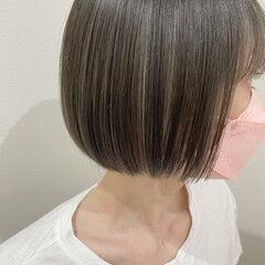 アッシュグレー ボブ インナーカラー グレー ヘアスタイルや髪型の写真・画像