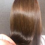 ナチュラル セミロング 艶髪 うる艶カラー
