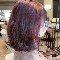 ラベンダーピンク ラベンダーカラー インナーカラー ボブ ヘアスタイルや髪型の写真・画像