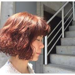 ボブ ピンク オレンジベージュ ウェットヘア ヘアスタイルや髪型の写真・画像