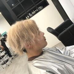 プラチナブロンド クリームブロンド ブロンド ブロンドカラー ヘアスタイルや髪型の写真・画像