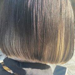 アッシュグレージュ ブリーチ インナーカラー ミニボブ ヘアスタイルや髪型の写真・画像