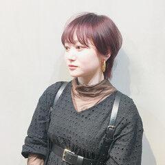 マッシュウルフ ショート ショートボブ ボルドーヘア ヘアスタイルや髪型の写真・画像