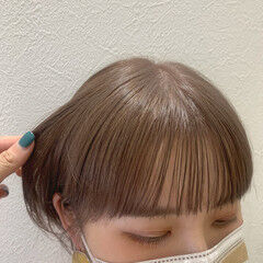 ミルクティーベージュ ナチュラルベージュ ベージュ ナチュラル ヘアスタイルや髪型の写真・画像