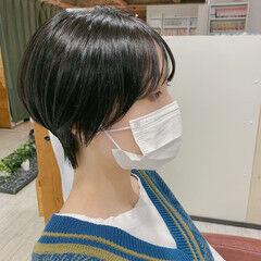 ショートヘア ウルフカット ショートボブ ナチュラル ヘアスタイルや髪型の写真・画像