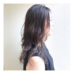 レイヤーカット ニュアンスウルフ レイヤー 春ヘア ヘアスタイルや髪型の写真・画像