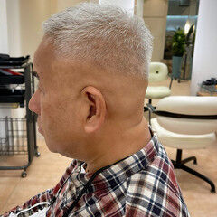 スキンフェード ツーブロック ショート 刈り上げ ヘアスタイルや髪型の写真・画像