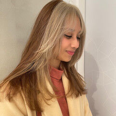 セミロング エレガント PEEK-A-BOO ハイライト ヘアスタイルや髪型の写真・画像