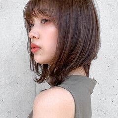 レイヤーカット ナチュラル 鎖骨ミディアム 髪質改善トリートメント ヘアスタイルや髪型の写真・画像