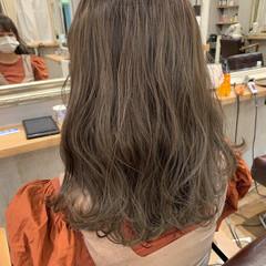 ベージュ 透明感 コンサバ ハイライト ヘアスタイルや髪型の写真・画像