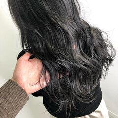 透明感カラー ダークグレー ナチュラル 暗髪 ヘアスタイルや髪型の写真・画像
