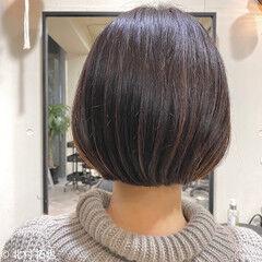 ナチュラル 極細ハイライト モテボブ ショートボブ ヘアスタイルや髪型の写真・画像