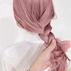 ピンクベージュ フェミニン ピンク ブリーチ必須 ヘアスタイルや髪型の写真・画像