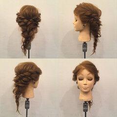 フェミニン ヘアアレンジ セミロング ロープ編み ヘアスタイルや髪型の写真・画像