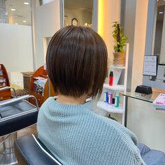 艶髪 白髪染め 大人ショート ナチュラル ヘアスタイルや髪型の写真・画像