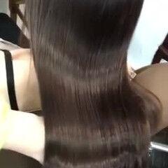 ブラウンベージュ セミロング ナチュラル 髪質改善トリートメント ヘアスタイルや髪型の写真・画像