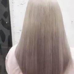 ブリーチ インナーカラー デザインカラー ガーリー ヘアスタイルや髪型の写真・画像