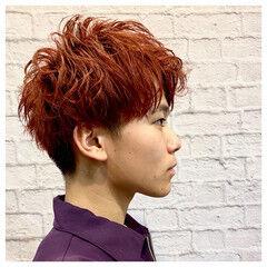 ナチュラル ヘアカラー メンズマッシュ ブリーチオンカラー ヘアスタイルや髪型の写真・画像