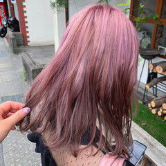 ガーリー カラーバター チェリーレッド ユニコーンカラー ヘアスタイルや髪型の写真・画像
