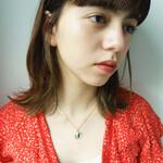 黒髪 インナーカラー ミディアム ハイライト