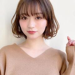 小顔 大人かわいい イルミナカラー ミディアム ヘアスタイルや髪型の写真・画像
