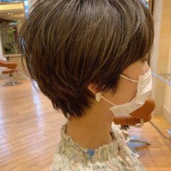 ショートボブ 40代 マッシュヘア ナチュラル ヘアスタイルや髪型の写真・画像