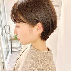 デート ベリーショート 大人かわいい ナチュラル ヘアスタイルや髪型の写真・画像