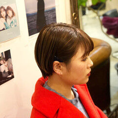 ショートボブ ダブルカラー ナチュラル コントラストハイライト ヘアスタイルや髪型の写真・画像