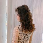 セミロング 抜け感 大人女子 結婚式ヘアアレンジ