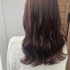 フェミニン アプリコットオレンジ セミロング オレンジブラウン ヘアスタイルや髪型の写真・画像