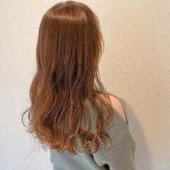 グラデーションカラー セミロング エレガント ベージュカラー ヘアスタイルや髪型の写真・画像