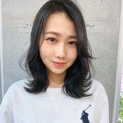 モテ髪 フェミニン ミディアム シースルーバング ヘアスタイルや髪型の写真・画像