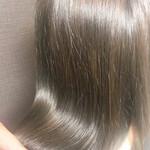 アッシュ セミロング 艶髪 ナチュラル