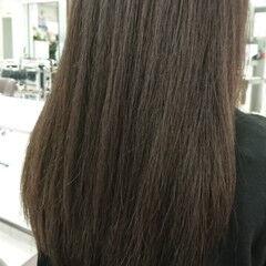 ロング 上品 グレージュ アッシュグレージュ ヘアスタイルや髪型の写真・画像